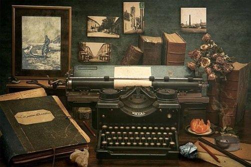 An old style typewriter
